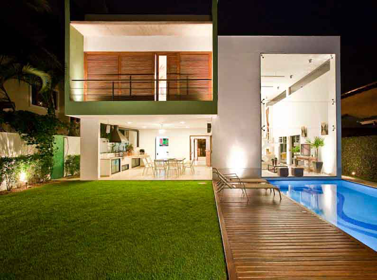 Fcca6dca1a5354ad together with Waterfall Landscape Design furthermore Modern Brick And Stucco House also Splendid Modern Houses By Kerala House Design Amazing With Wonderful Home 2017 Inspirations likewise Eclipse Photos. on back yard exterior luxury home