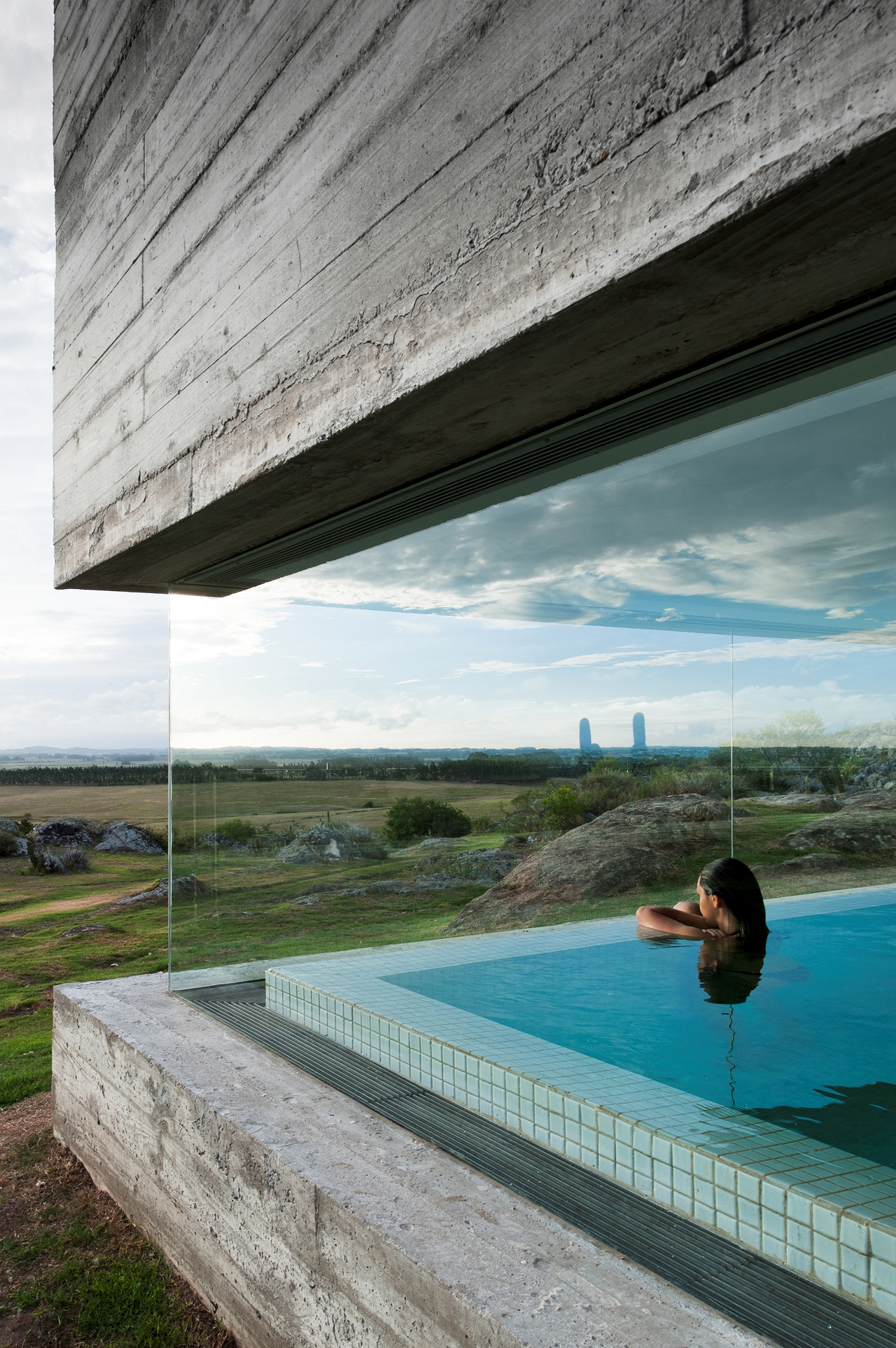 Fasano las piedras hotel isay weinfeld archdaily brasil for Piscina pool