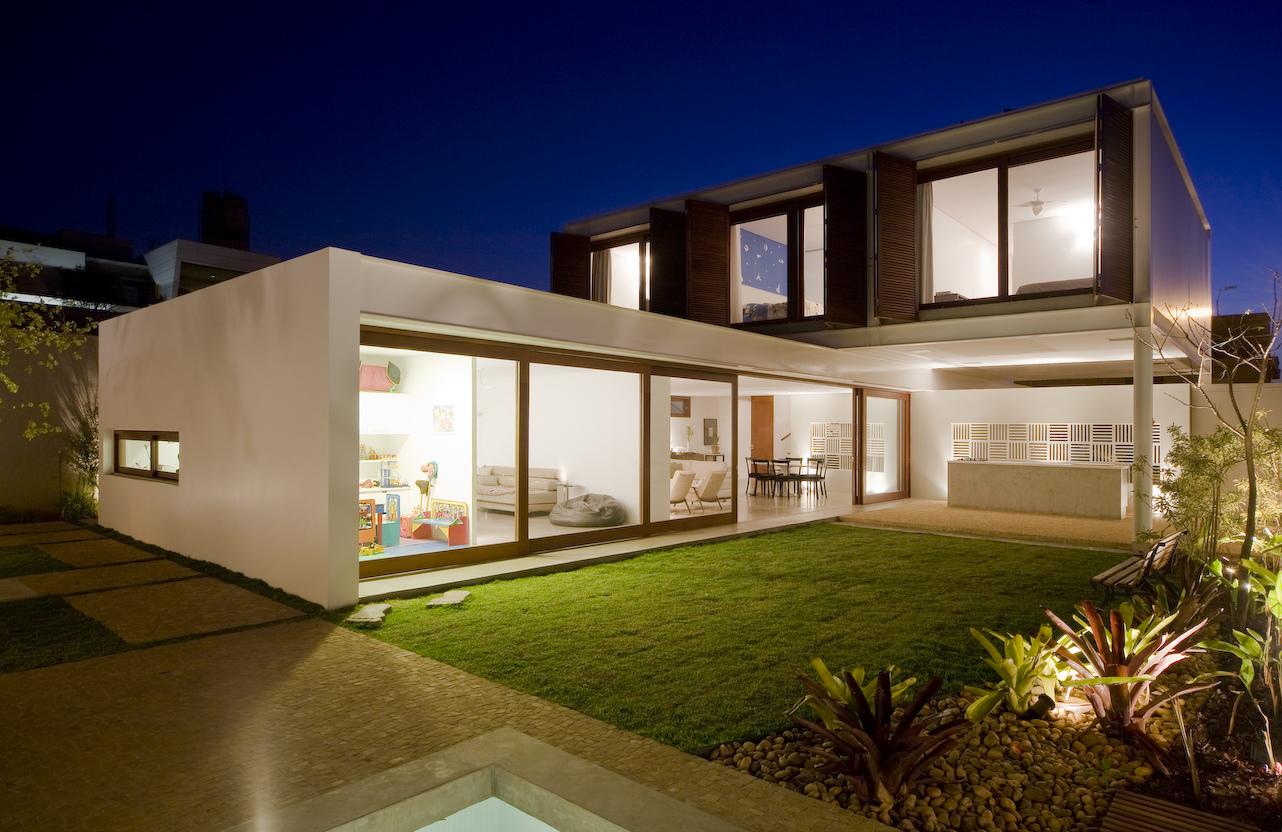 Galeria de Casa G16 / Mira Arquitetos 12 #0B2063 1282 832