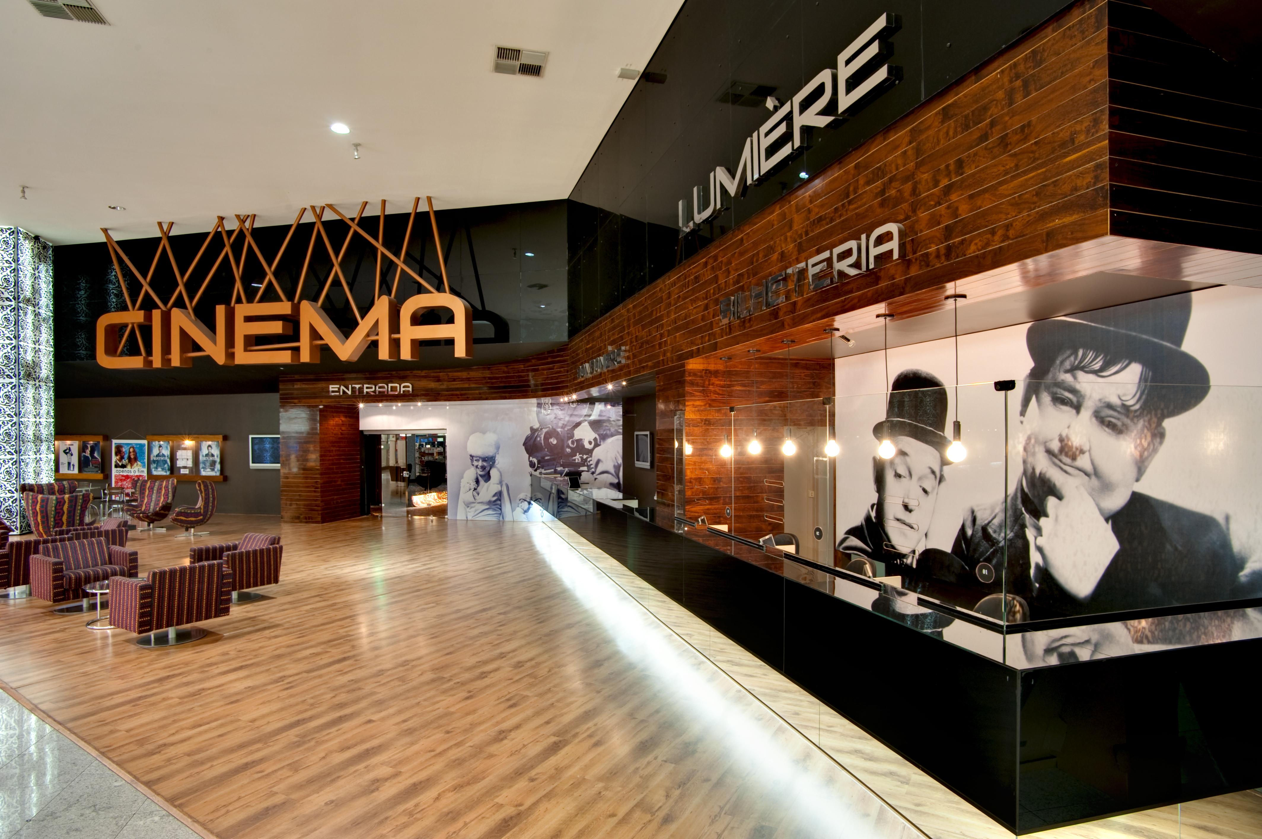 cinema lumiere bougainville dayala rafael arquitetura. Black Bedroom Furniture Sets. Home Design Ideas