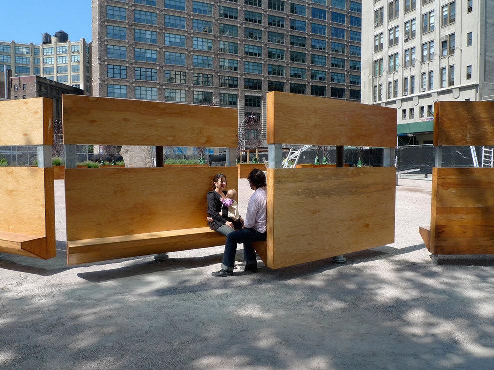 Em detalhe mobili rio urbano do projeto lentspace for Mobiliario espacio publico