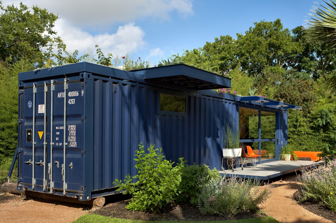 Galeria de container guest house poteet architects 6 for House with guest house