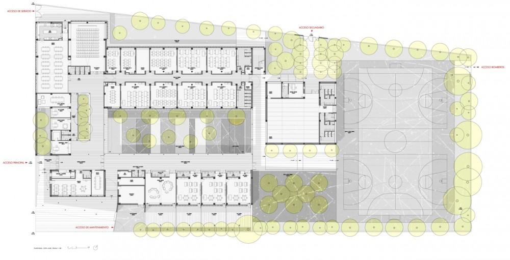 Galeria de colegio en alcal de guada ra gabriel verd for Plantas de colegios arquitectura