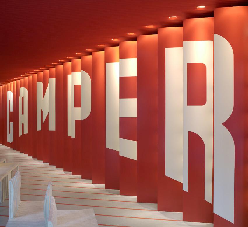 Prêmio Pritzker 2014: Loja Camper Soho / Shigeru Ban Architects + Dean Maltz Architect, © Marian Montoro