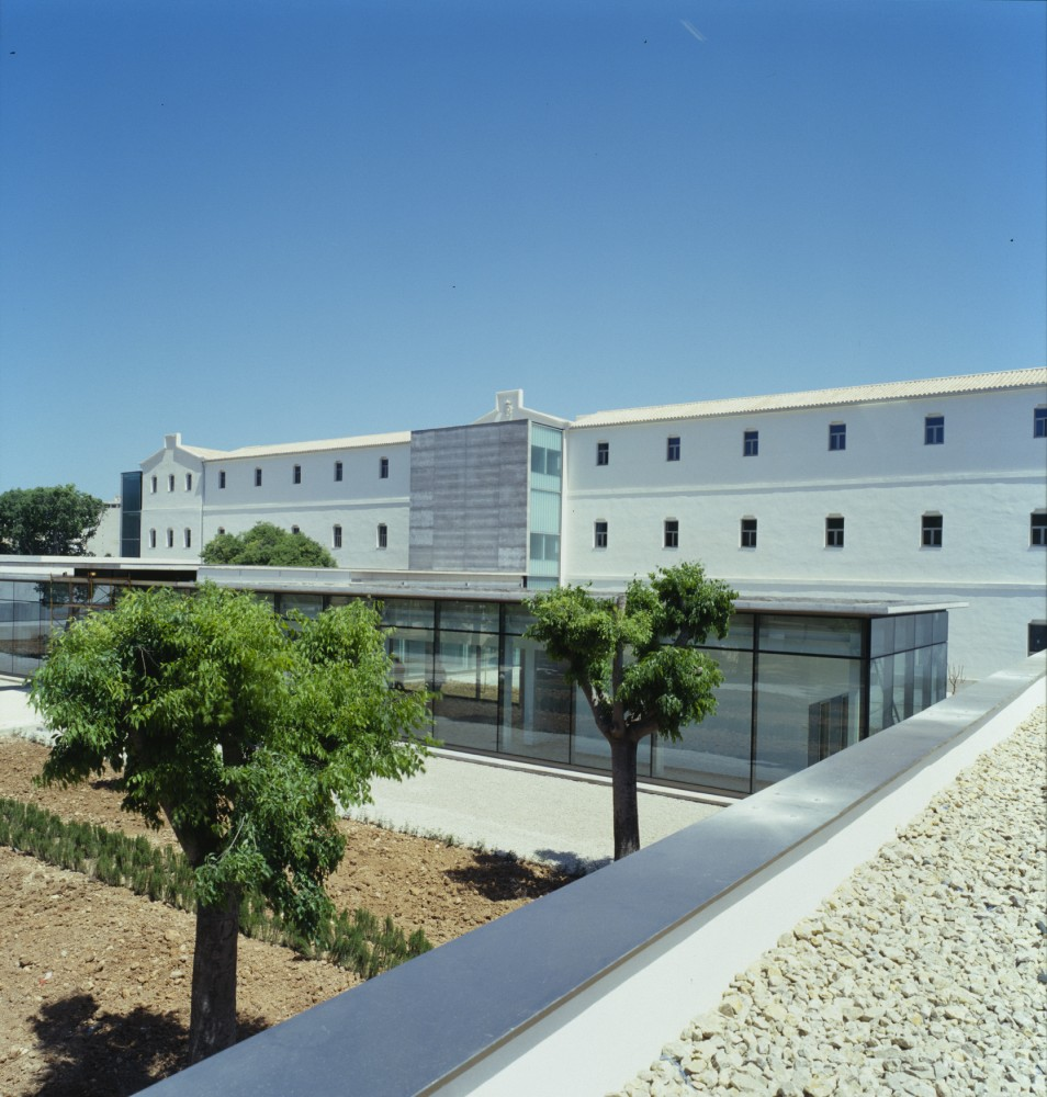 Hospital de Psicogeriatría / CMV Architects