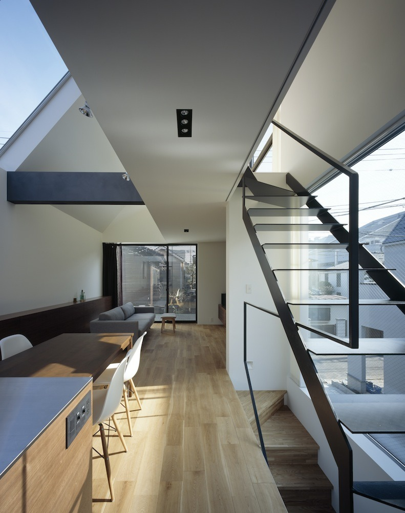 BRUN / APOLLO Architects &#038; Associates