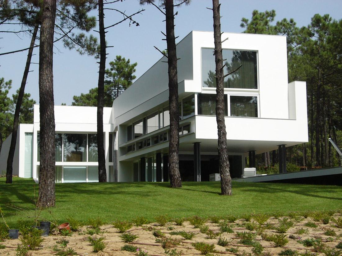 casa ii em aroeira arx portugal archdaily brasil. Black Bedroom Furniture Sets. Home Design Ideas