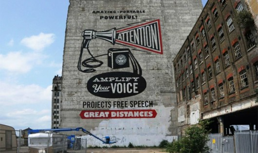 Shepard Fairey em  London Pleasure Gardens Via ARTINFO UK