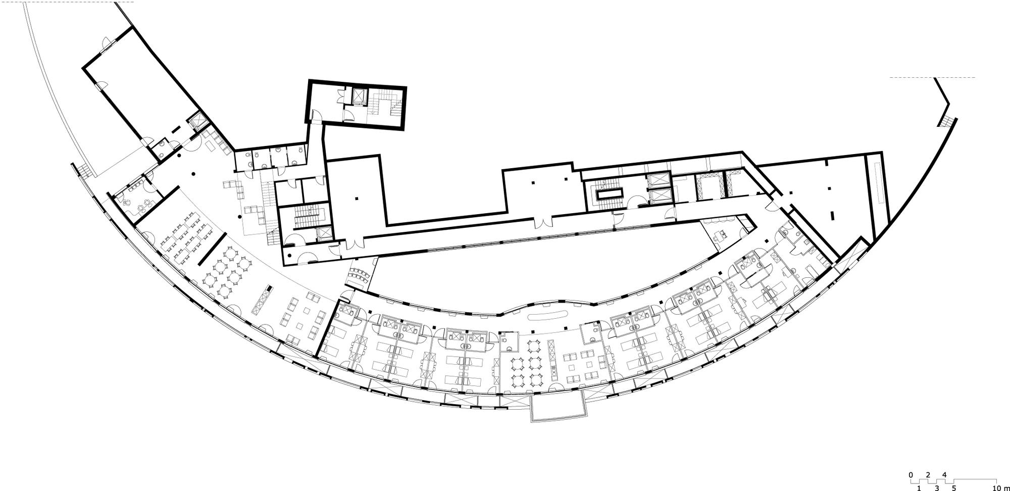 Galeria de centro de sa de e casa de repouso ipostudio for Floor plans health care facilities