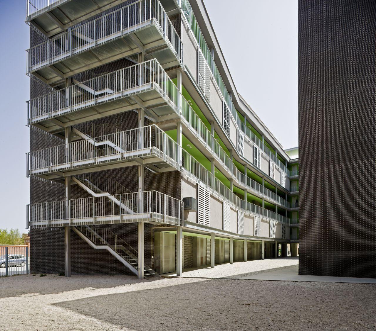 Al4 56 habita es sociais vpo burgos garrido arquitectos archdaily brasil - Arquitectos albacete ...