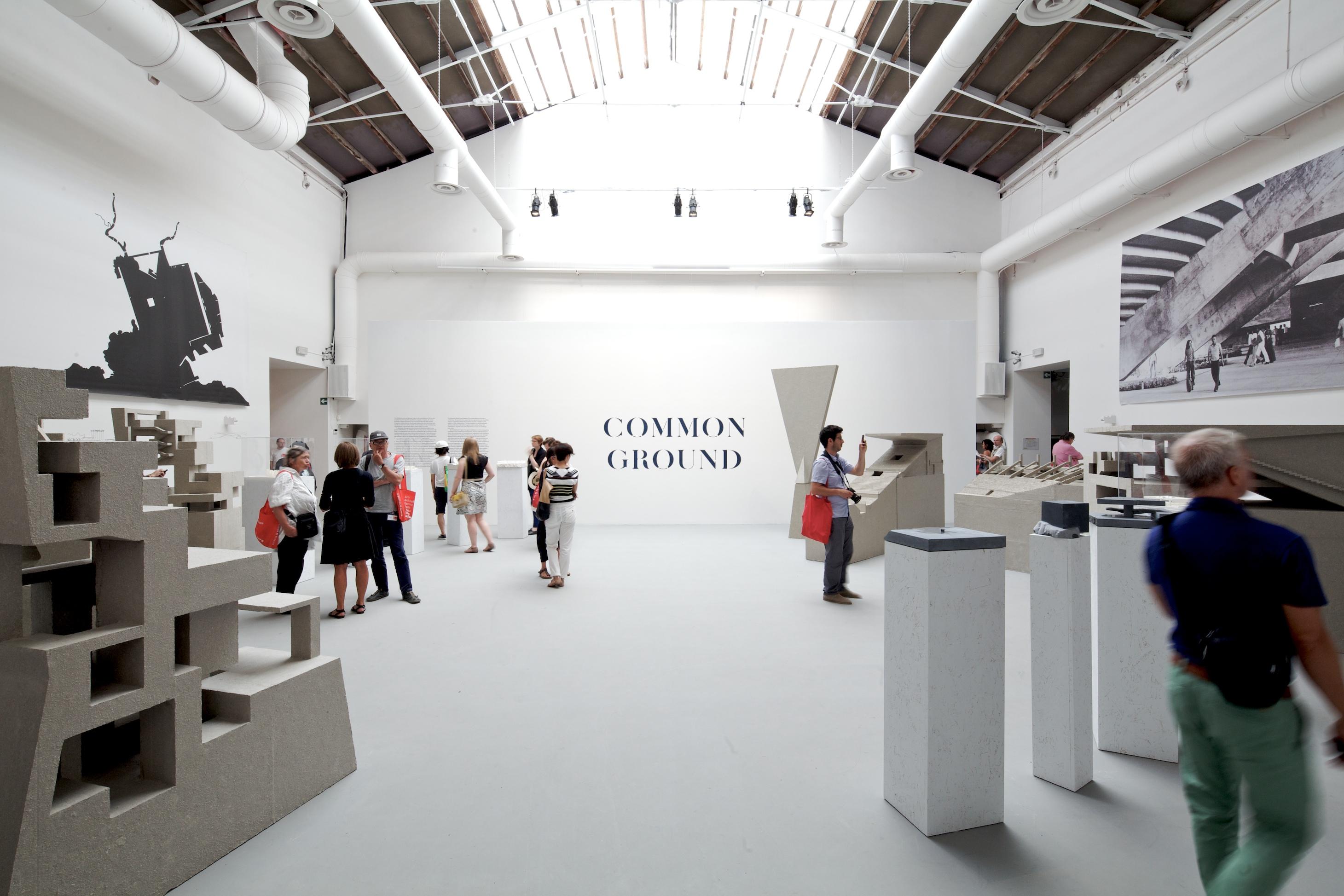 Bienal de Venecia 2012 - Prêmio Leão de Prata: Arquitetura como Nova Geografia / Grafton Architects , © Nico Saieh