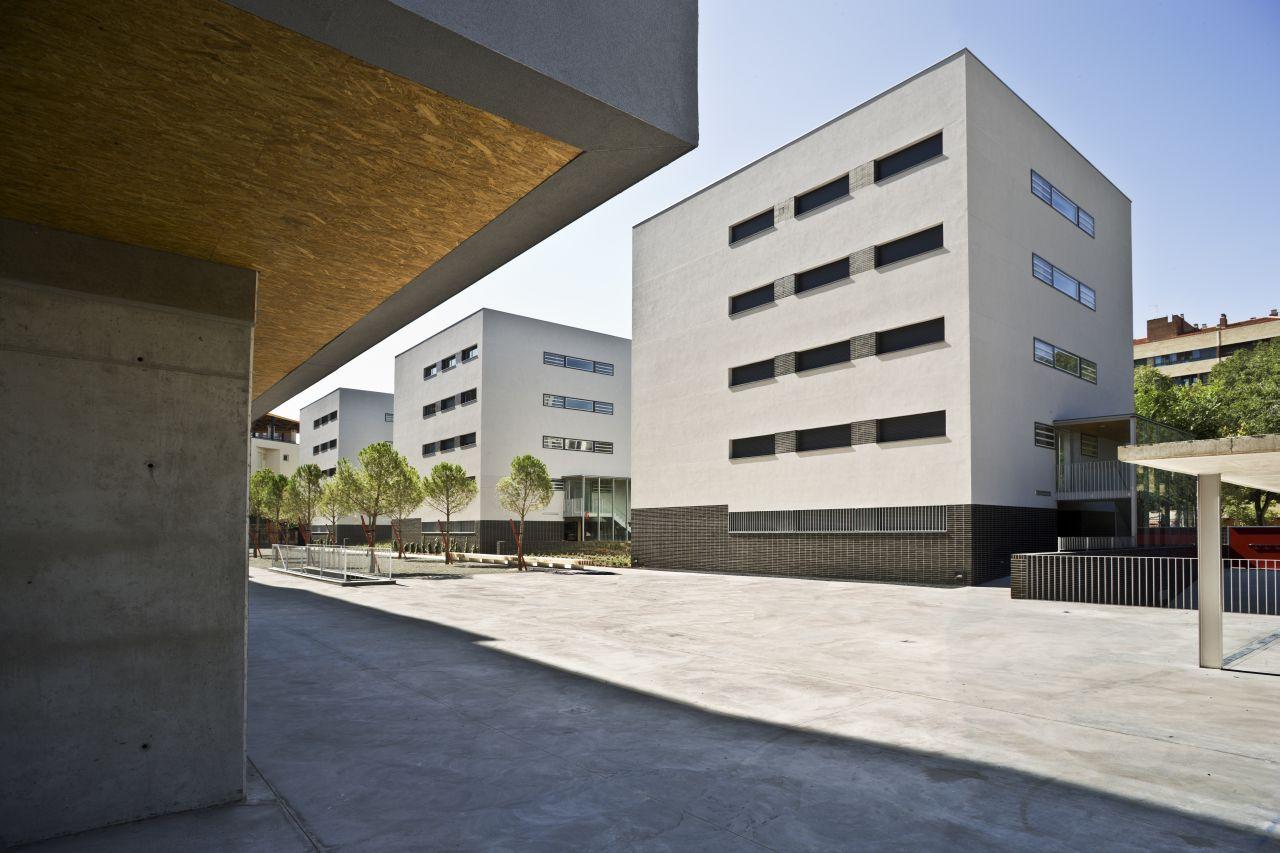 Galeria de conjunto habitacional em albacete burgos garrido arquitectos 3 - Arquitectos albacete ...