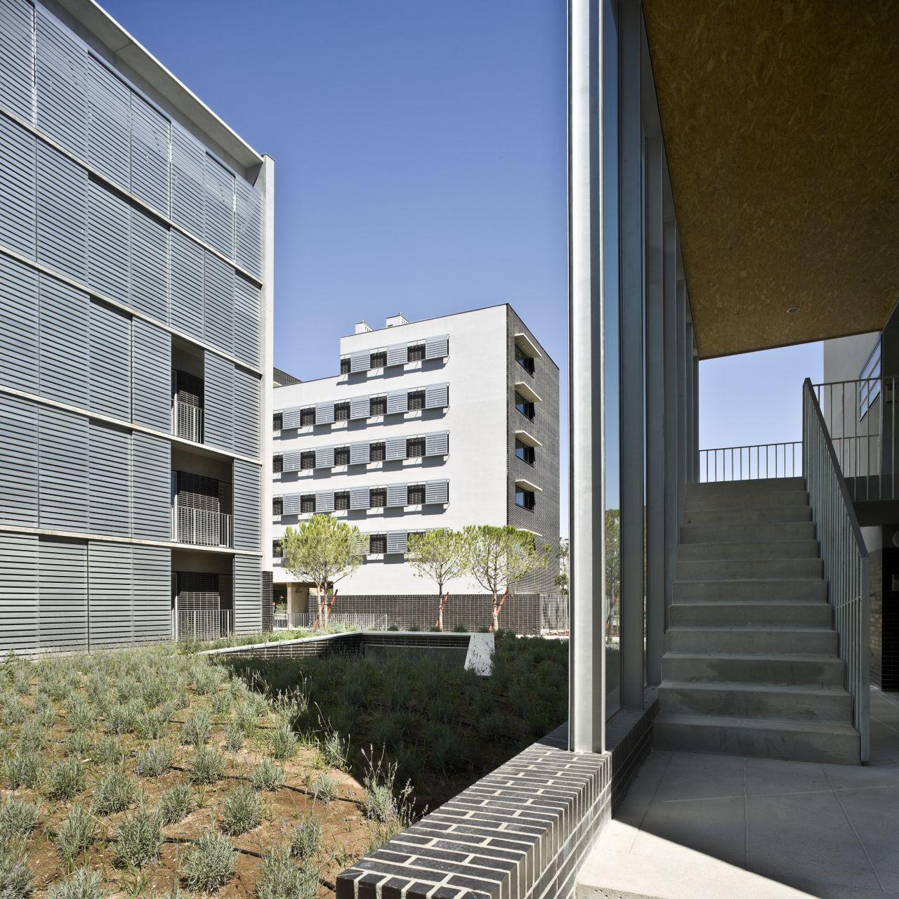 Galeria de conjunto habitacional em albacete burgos garrido arquitectos 12 - Arquitectos albacete ...
