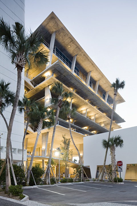 1111 Lincoln Road. Imagem © Nelson Garrido/1111Lincoln Road Shot Reprinted with permission from MBeach1, LLLP